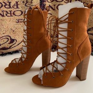 Lulu's Shoes - Lulu's 🌵 Lace Up High Heel Booties Brown Suede